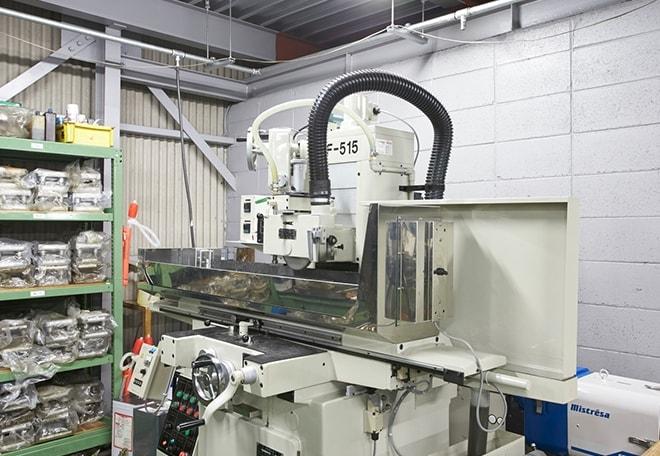平面研磨機 イメージ画像